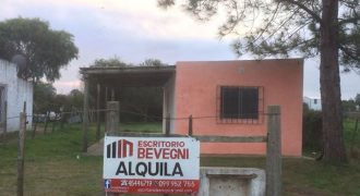 CASA EN CALLE CHILE CONTINUACION RUTA 21- FRENTE A ESCUELA 113