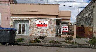 CASA EN CALLE PERU CASI GENERAL ARTIGAS