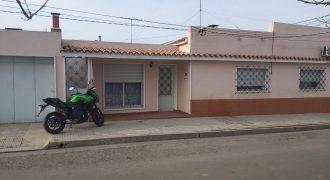 CASA EN CARMELO CALLE RINCON Y 18 DE JULIO